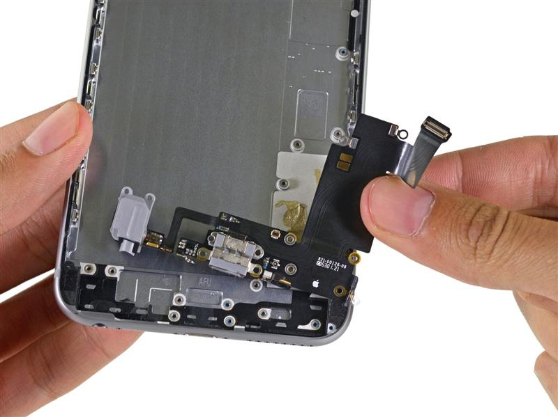 replace iphone charging port city phones melbourne